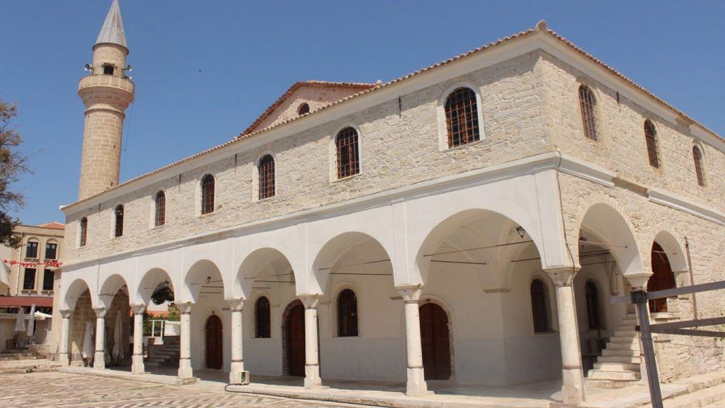 alacati_mosque